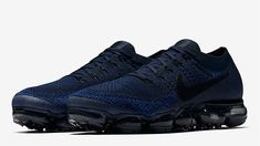 Nike Air VaporMax Navy | 849558-400 | The Sole Supplier Nike Air Vapormax, Mens Nike Air, Nike Men, Girls Sneakers, Air Max Sneakers, Shoes Sneakers, Navy Style, Nike Vapormax Flyknit, Snicker Shoes