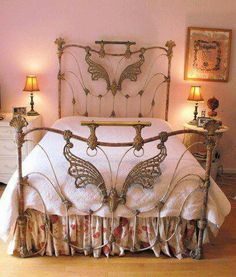 Dreamy bed..