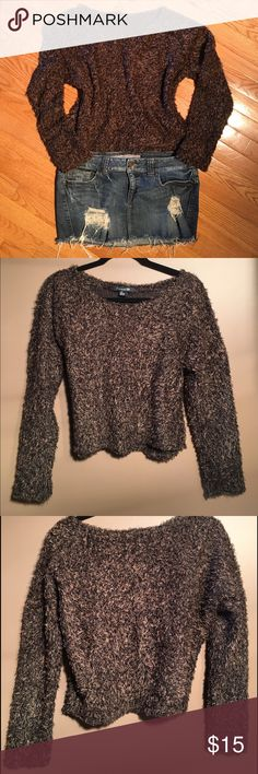 """🌟Forever 21 Sweater Shag Soft Soft, shag sweater. Color is shades of brown. 69% polyester, 18% acrylic, 9% cotton, 4% spandex. Hand wash cold, dry flat. 19.5"""" approx length from high point shoulder to hem, 22"""" pit to pit, 19.5"""" waist, 25"""" arm length measured from where it meets neck collar to cuff/wrist. (Shown with a size 13 refuge jean skirt, not included.) Forever 21 Sweaters"""