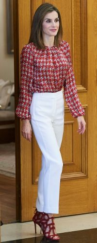 9 Sep 2016 - Queen Letizia - Carolina Herrera red houndstooth silk blouse - Mango caged sandals.