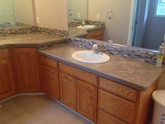 Bathroom Floor Tiles, Laundry In Bathroom, Beautiful Bathrooms, Backsplash, Counter, Floors, Carpet, Facebook, Design