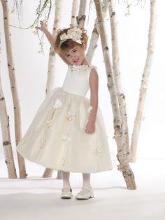 Perfect ball gown organza sleeveless flower girl dress