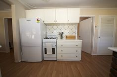 Duncraig Road home for sale by Peter Taliangis 0431 417 345 Kitchen
