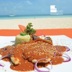 "Si no lo ha probado, se va a sorprender con nuestro delicioso mole ""Manchamanteles"".  If you haven't tried it yet, you are going to be surprised with our mole ""Tableclothstainer"".  Beachscape Kin Ha (Cancún)."