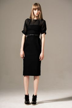 Preen by Thornton Bregazzi Pre-Fall 2011 Fashion Show - Edie Campbell