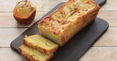Pour changer du gâteau aux pommes traditionnel, on opte pour cette version de quatre quarts aux pommes ... Beignets, Cornbread, Banana Bread, Biscuits, Bacon, Cake, Ethnic Recipes, Food, Apple Cakes