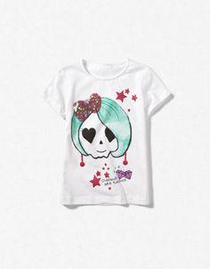 mini me's new t-shirt