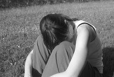 In Nederland maakt 17% van de meisjes en 4% van de jongens tussen 12-25 jaar gedwongen seks mee. Iva Bicanic onderzocht ruim 300 meisjes die met hun ouders psychologische hulp zochten in het Landelijk Psychotraumacentrum UMC Utrecht na het meemaken van een verkrachting.