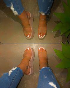 Restocked Alert 🚨 Zelda Clear Platform Sandals 🔥 Back By Popular Demand ‼️ Get Yours Now While Supplies Last 😱 SHOP:… Cute Heels, Cute Sandals, Shoes Sandals, Shoes Sneakers, Gold High Heel Sandals, Fresh Shoes, Louis Vuitton Shoes, Pretty Shoes, Summer Shoes