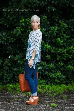 Summer Style Series for Moms On-The-Go // Flowy Tops