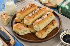 Hot Dog Buns, Hot Dogs, No Cook Desserts, Cake Recipes, Bread, Baking, Food, Pastries, Holiday Parties