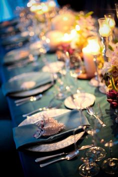 Elizabeth Anne Designs, beach w. Beach Table Settings, Beautiful Table Settings, Ocean Themes, Beach Themes, Wedding Themes, Wedding Blog, Wedding Prep, Wedding Ideas, Fall Wedding