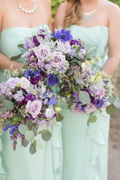 A perfect mint green & lavender  backyard wedding at the historic Hearn House. Mint green long chiffon dresses, and lavender & purple florals.