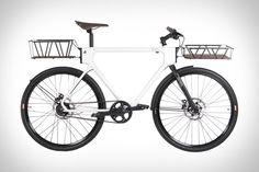 The more diverse your daily routine, the more you need out of your bike. Some people just buy multiple bikes for multiple occasions, but the Evo Utlity Bike is designed to tackle a multitude of jobs and terrain in a...