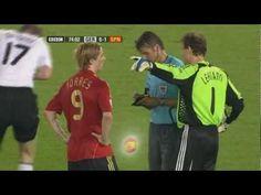 Fernando Torres w meczu przeciwko Niemcom. Finał Euro 2008