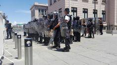 Movilizan a antimotines ante manifestación en la Ciudad Judicial | El Puntero