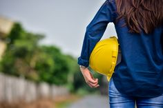 Female engineer holding hardhat safety s. Ing Civil, Architect Jobs, Modern Small House Design, Engineer Shirt, Carpenter Work, Disney Princess Quotes, Professional Outfits, Civil Engineering, Lady And Gentlemen