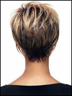 18 Kurze Frisuren für den Winter: Die meisten schmeichelhaften Haarschnitte  #frisuren #haarschnitte #kurze #meisten #schmeichelhaften #winter