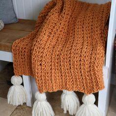 Crochet Chunky Blanket - Free Pattern - MJ's off the Hook Designs Chunky Crochet Blanket Pattern Free, Prayer Shawl Crochet Pattern, Chunky Blanket, Afghan Crochet Patterns, Crochet Afghans, Crochet Blankets, Half Double Crochet, Knitting Yarn, Free Pattern