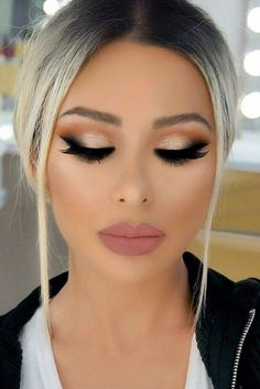 Gorgeous Smokey Eye Makeup Idea + pink matte lip #makeup smokeyeyes