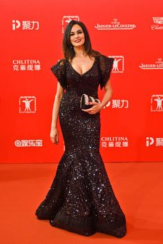 Maria Grazia Cucinotta Photos - Actress Maria Grazia Cucinotta arrives for the red carpet of the 19th Shanghai International Film Festival at Shanghai Grand Theatre on June 11, 2016 in Shanghai, China. - 19th Shanghai International Film Festival - Opening Ceremony & Red Carpet