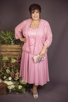 Need a helping hand putting together the perfect Mother of the Bride/Groom outfit? Mother Of The Bride Plus Size, Mother Of The Bride Gown, Mother Of Bride Outfits, Mother Of Groom Dresses, Plus Size Cocktail Dresses, Plus Size Dresses, Dresses To Wear To A Wedding, Bride Dresses, Wedding Outfits
