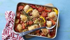 Chicken traybake with chorizo, tomato en red peppers. Recipe from BBC Good food. No Calorie Foods, Low Calorie Recipes, Healthy Recipes, Healthy Options, Bbc Good Food Recipes, Cooking Recipes, Bbc Recipes, Recipies, 600 Calorie Dinner