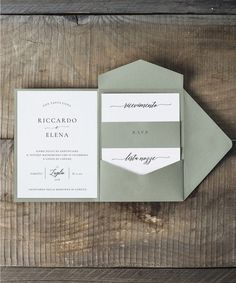 Partecipazioni di matrimonio cofanetto • Ordina un campione gratuito • Wedding Invitation Cards, Wedding Stationery, Wedding Cards, Diy Wedding, Wedding Planner, Wedding Day, Pocket Invitation, Outdoor Wedding Decorations, Wedding Themes