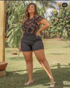Curvy Plus Size, Plus Size Casual, Plus Size Women, Big And Beautiful, Beautiful Women, Curvy Women Fashion, Womens Fashion, Casual Shorts, Short Dresses