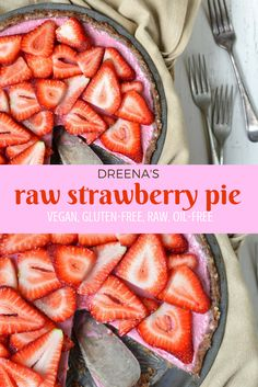 Celebrate the holiday weekend with this fantastically delicious RAW STRAWBERRY PIE! Recipe is dairy-free, vegan, gluten-free, and oil-free.