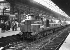 LMS Prototype Locomotives 10000 & 10001 at Preston. (Jim Danby) LMS No 10000 seen here in tandem with her sister loco No 10001 at platform 5 sometime in the early Electric Locomotive, Diesel Locomotive, Gas Turbine, Railroad Photography, Train Pictures, Railway Posters, British Rail, Rolling Stock, Train Journey