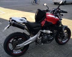 Yamaha Motorbikes, Stunts, Vehicles, Top, Pallet Patio Furniture, Sportbikes, Madness, Yamaha Bikes, Waterfalls