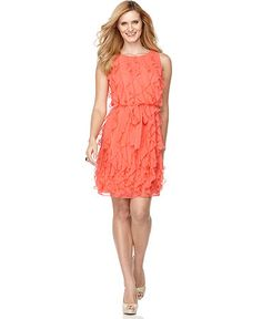 I loooove this color and adore the ruffles:)   Yeah.... I've been going on a dress craze. But that's okay.
