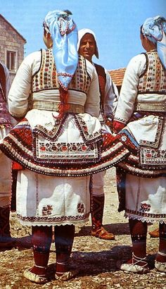 Traditional festive costume from Radoviš (eastern Macedonia).  Clothing style: early 20th century.