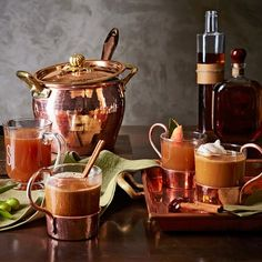 Williams Sonoma offers great copper gifts for him and her. When celebrating a wedding anniversary, a copper gift from Williams Sonoma is the perfect way to celebrate. Copper Pots, Copper Kitchen, Hammered Copper, Copper Dishes, Copper Utensils, Copper Glass, Glass Kitchen, Kitchen Sets, Copper Cooking Pan