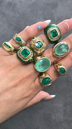 MAY is right around the corner which means all emerald babies will be celebrating their birthdays🎉 - Tag a friend who is celebrating this upcoming month🥂 What do you prefer yellow or white gold😍💎 All rings are available💚 Bracelet Designs, Ring Designs, I Love Jewelry, Fine Jewelry, Unusual Jewelry, Colombian Emeralds, Ring Verlobung, Bracelets For Men, Gemstone Bracelets