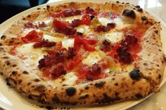 Blew Your Money Gambling? 77 Spots for Cheap Food in Vegas: Pizza at 800 Degrees Las Vegas