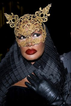 Miss Grace Jones Helmut Newton, Lady And Gentlemen, Amazing Grace, Beautiful Black Women, Black People, Mannequins, Black Girl Magic, Masquerade, Record Producer