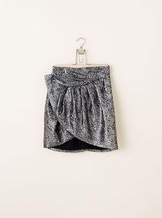 Isabel Marant pour H&M Die Kollektion Isabel Marant pour H&M ist Pariser Chic mit urbanem Charakter. Kombiniere Einzelteile und kreiere deinen eigenen Style.