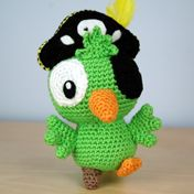 Amigurumi crochet parrot models are waiting for you. We offer the descriptions of all beautiful amigurumi parrot models. Crochet Parrot, Crochet Birds, Cute Crochet, Crochet Crafts, Crochet Projects, Knit Crochet, Crochet Animals, Crochet Toys Patterns, Amigurumi Patterns