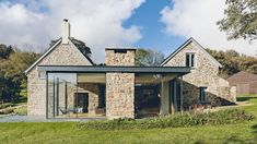 The farmhouse exterior design totally reflects the entire style of the house and the family tradition as well. The modern farmhouse style is not only. Stone Cottages, Stone Houses, Rock Houses, Stone Barns, Cottage Extension, Glass Extension, Building Extension, Roof Extension, Extension Ideas