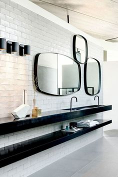 Beautiful bathroom design idea with white tile and framed mirrors Contemporary Bathroom Designs, Bathroom Design Luxury, Modern Bathroom Design, Bathroom Interior, Bathroom Remodeling, Luxury Bathrooms, Remodel Bathroom, Bathroom Makeovers, Black Bathroom Taps