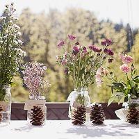 Beautiful Spring Wedding floral decor