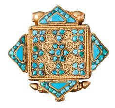 Tibetan Buddhist gau made of repousse' & filigree gold, turquoise, pearls and other stones, century, Tibet Tibetan Jewelry, Ethnic Jewelry, Turquoise Jewellery, Tibet Art, Prayer Box, Shades Of Turquoise, Ancient Art, Art Deco Fashion, Arts And Crafts