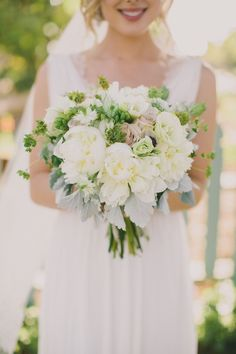 Photography : Dave Richards Photography | Floral Design : The English Garden | Reception Venue : Maravilla Gardens | Wedding Dress : Brides By Liza Read More on SMP: http://www.stylemepretty.com/little-black-book-blog/2014/09/09/romantic-maravilla-gardens-wedding-2/