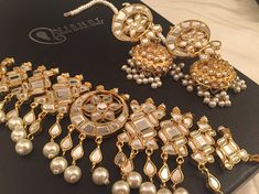 Head Jewelry, Jewelry Sets, Unique Jewelry, Kundan Jewellery Set, Stylish Girl Images, Gold Platinum, Girls Image, Bridal Sets, Chokers