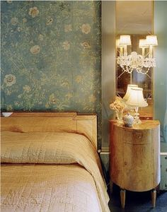 Top Celebrity Homes: Countess Dorothy di Frasso's home: antique chinoiserie villa decorated by Elsie de Wolfe Art Deco Bedroom, Bedroom Decor, Bedroom Ideas, Master Bedroom, Wall Decor, Beautiful Bedrooms, Beautiful Interiors, Elsie De Wolfe, Chinoiserie Chic