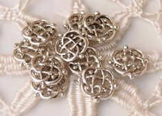 Antiqued silver pewter Celtic knot spacer 10pc WBS0011, €1,26