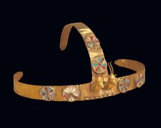 EGYPT JEWELRY 14TH CENTURY  Treasure of the three Syrian wives of Pharaoh Thutmosis III, 1479-1425 BCE.