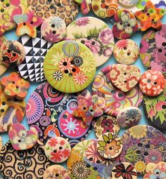 35 Peint en bois bouton assortiment fabuleux par BohemianFindings, $8.50